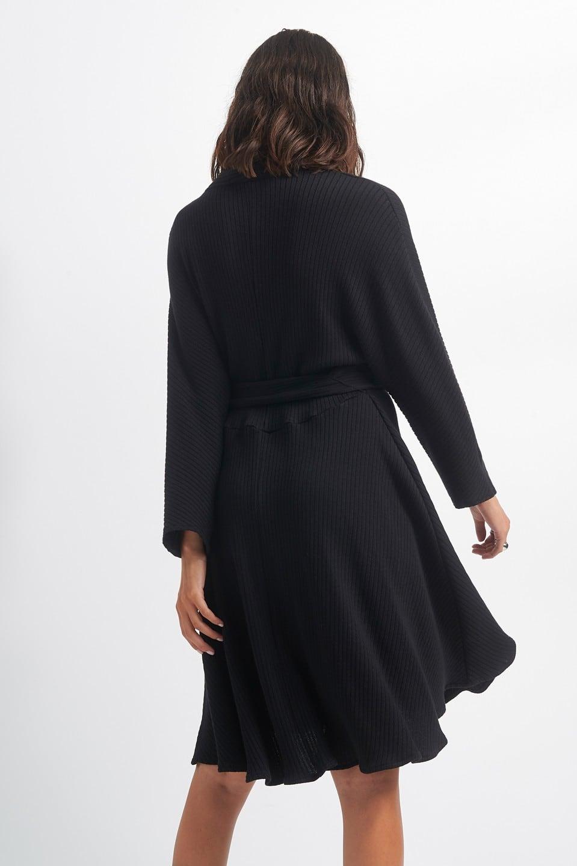 Γυναικεία Ρούχα Black & Black ΜΑΚΡΥΜΑΝΙΚΟ ΦΟΡΕΜΑ