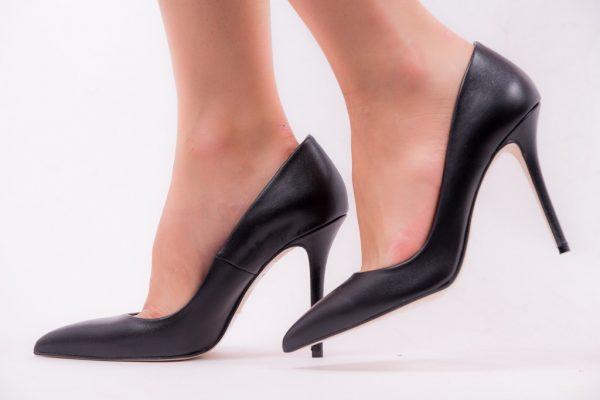 Παπούτσια Mourtzi Μαύρες Δερμάτινες Γόβες