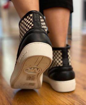 Παπούτσια σε Προσφορά Michael Kors Keaton High Top