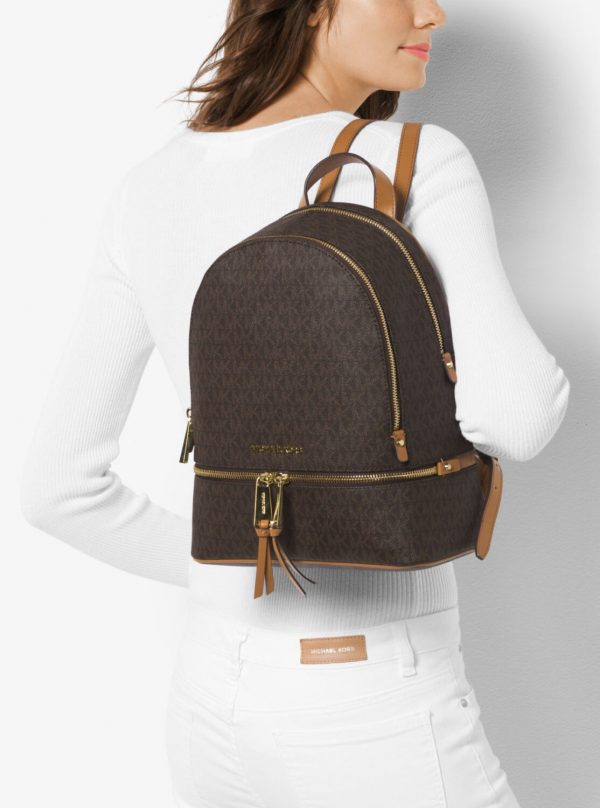 Collection Spring - Summer 2021 Michael Kors Rhea Medium Logo Backpack