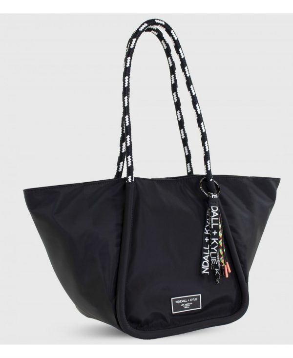 Collection Spring - Summer 2021 KENDALL+KYLIE MIA BAG