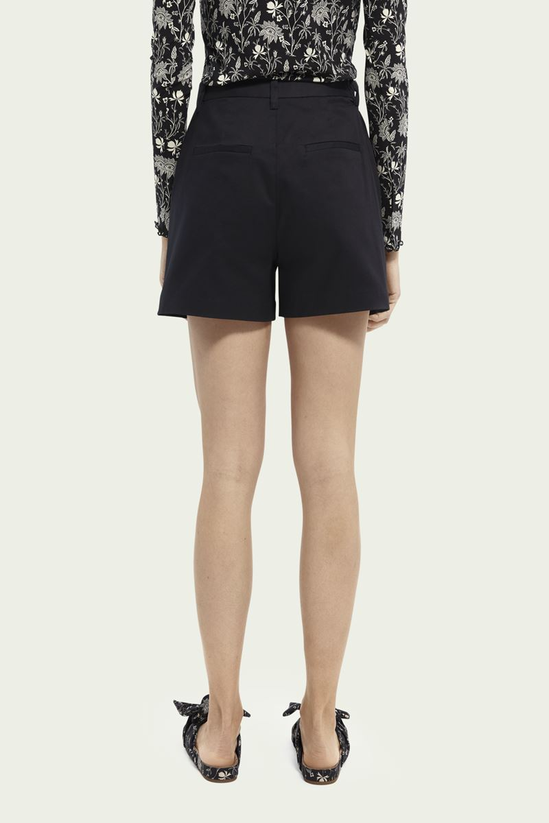 Collection Spring - Summer 2021 SCOTCH&SODA ABOTT ORGANIC COTTON CHINO SHORTS