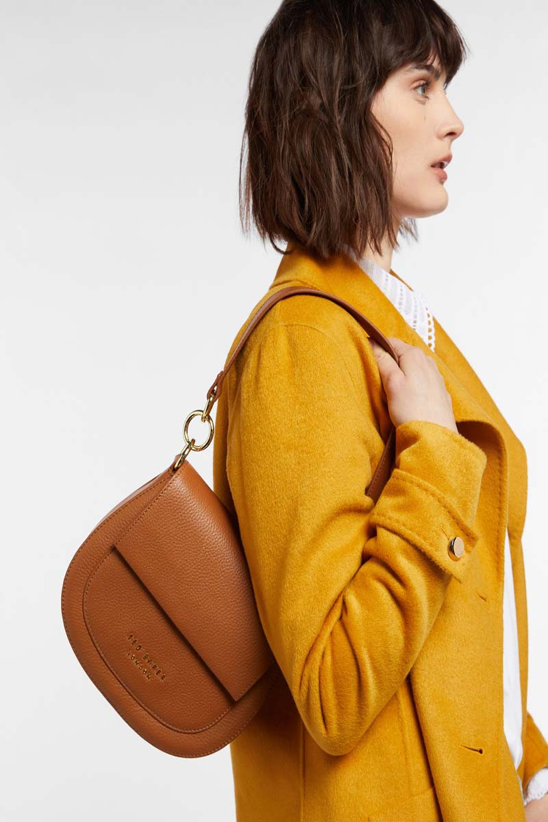 Collection Spring - Summer 2021 TED BAKER AMALI LEATHER ROUND CROSS BODY BAG