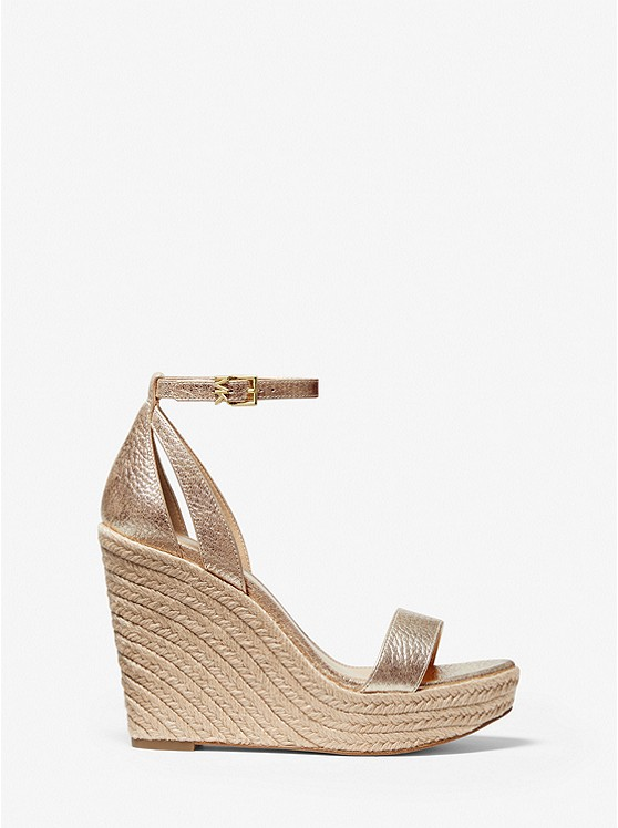 Collection Spring - Summer 2021 MICHAEL KORS PLATFORM SANDAL PALE GOLD