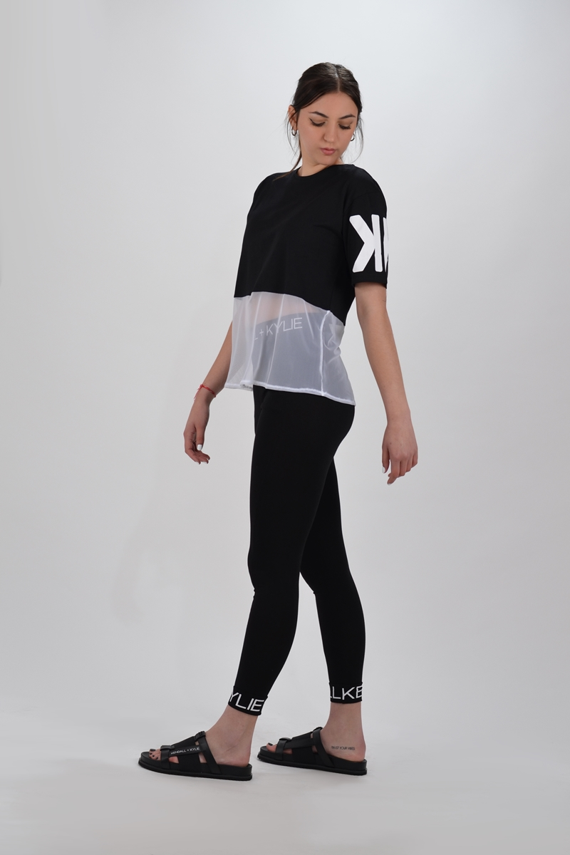 Collection Spring - Summer 2021 KENDALL + KYLIE MASH LOGO T-SHIRT