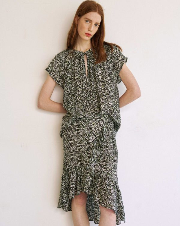 Collection Spring - Summer 2021 MILLA TOP PRINTED GREEN-BLACK