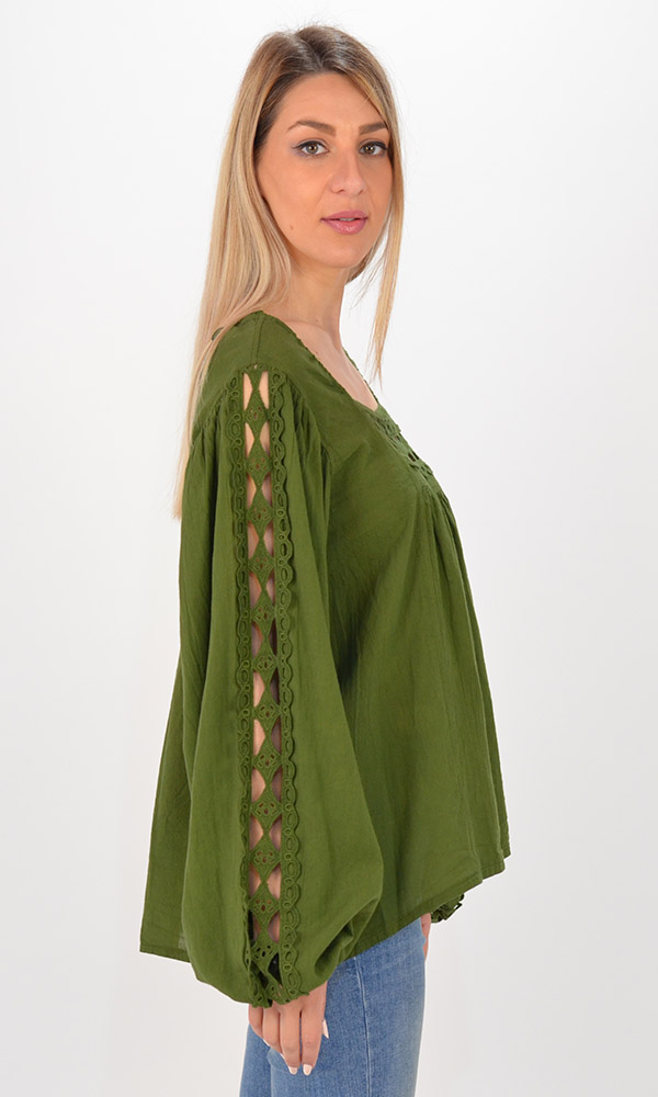 Collection Spring - Summer 2021 DEVOTION BERLIN OLIVE BLOUSE WITH LACE