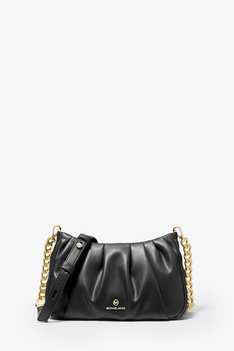 Collection Spring - Summer 2021 MICHAEL KORS HANNAH SMALL PLEATED CONVERTIBLE CLUTCH
